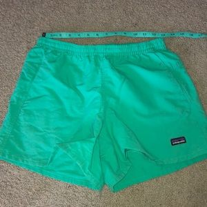 "Blue green Patagonia 5"" baggies"